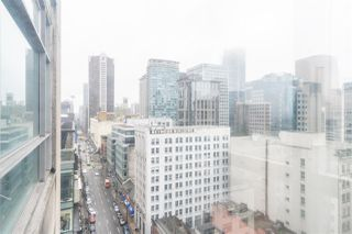 """Photo 3: 1802 438 SEYMOUR Street in Vancouver: Downtown VW Condo for sale in """"THE CONFERENCE PLAZA"""" (Vancouver West)  : MLS®# R2439479"""