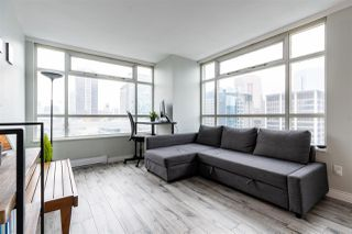 """Photo 6: 1802 438 SEYMOUR Street in Vancouver: Downtown VW Condo for sale in """"THE CONFERENCE PLAZA"""" (Vancouver West)  : MLS®# R2439479"""