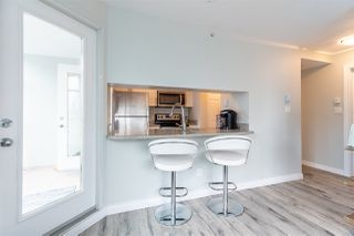 """Photo 10: 1802 438 SEYMOUR Street in Vancouver: Downtown VW Condo for sale in """"THE CONFERENCE PLAZA"""" (Vancouver West)  : MLS®# R2439479"""