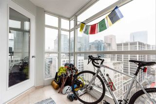 """Photo 15: 1802 438 SEYMOUR Street in Vancouver: Downtown VW Condo for sale in """"THE CONFERENCE PLAZA"""" (Vancouver West)  : MLS®# R2439479"""