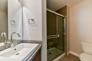 """Photo 15: 217 20219 54A Avenue in Langley: Langley City Condo for sale in """"SUEDE"""" : MLS®# R2449057"""