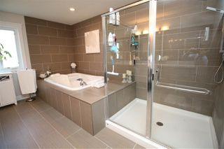 Photo 18: 10613 174A Avenue in Edmonton: Zone 27 House for sale : MLS®# E4194257