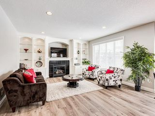 Photo 4: 26 TUSSLEWOOD View NW in Calgary: Tuscany Detached for sale : MLS®# C4296566