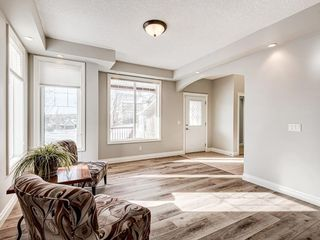 Photo 8: 26 TUSSLEWOOD View NW in Calgary: Tuscany Detached for sale : MLS®# C4296566