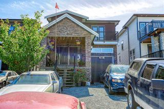 Photo 2: 316 LAWRENCE Street in New Westminster: Queensborough House for sale : MLS®# R2464887