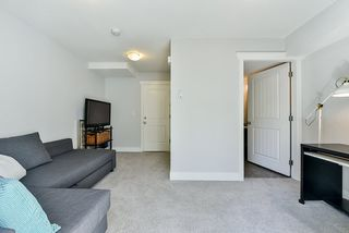 """Photo 26: 8 15405 31 Avenue in Surrey: Grandview Surrey Townhouse for sale in """"Nuvo 2"""" (South Surrey White Rock)  : MLS®# R2476229"""