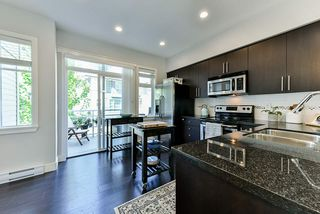 """Photo 9: 8 15405 31 Avenue in Surrey: Grandview Surrey Townhouse for sale in """"Nuvo 2"""" (South Surrey White Rock)  : MLS®# R2476229"""