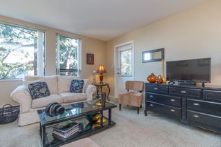 Photo 6: 307 520 Foster St in : Es Saxe Point Condo Apartment for sale (Esquimalt)  : MLS®# 854189