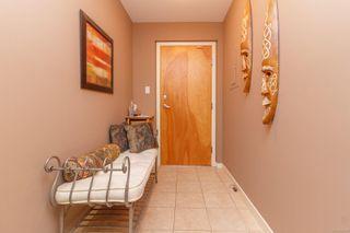 Photo 5: 307 520 Foster St in : Es Saxe Point Condo Apartment for sale (Esquimalt)  : MLS®# 854189