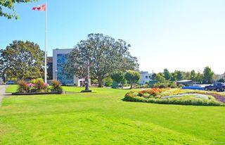 Photo 26: 307 520 Foster St in : Es Saxe Point Condo Apartment for sale (Esquimalt)  : MLS®# 854189