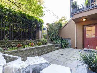 "Photo 2: 3022 W 4TH Avenue in Vancouver: Kitsilano Townhouse for sale in ""SANTA BARBARA"" (Vancouver West)  : MLS®# R2494309"