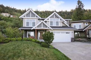 Photo 1: 6088 FOLEY Place in Chilliwack: Promontory House for sale (Sardis)  : MLS®# R2495860