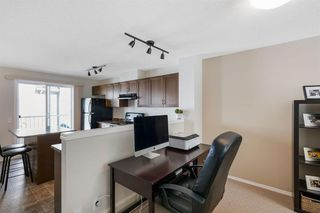 Photo 9: 261 ELGIN Gardens SE in Calgary: McKenzie Towne Row/Townhouse for sale : MLS®# A1031514