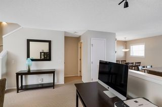 Photo 10: 261 ELGIN Gardens SE in Calgary: McKenzie Towne Row/Townhouse for sale : MLS®# A1031514