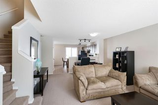 Photo 6: 261 ELGIN Gardens SE in Calgary: McKenzie Towne Row/Townhouse for sale : MLS®# A1031514