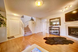 Photo 5: 9204 SCOTT Lane in Edmonton: Zone 14 House for sale : MLS®# E4214476
