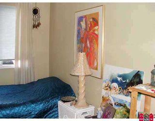 """Photo 7: 204 1354 WINTER Street: White Rock Condo for sale in """"Winter Estates"""" (South Surrey White Rock)  : MLS®# F2708795"""
