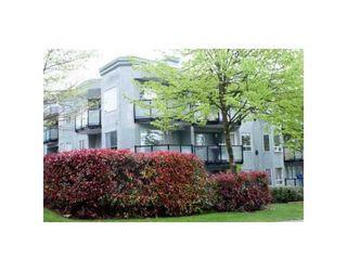 Photo 1: # 301 175 W 4TH ST in North Vancouver: Condo for sale : MLS®# V825563