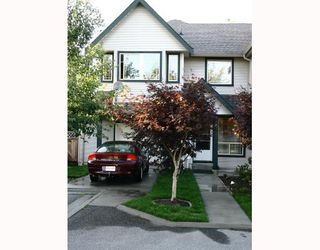 Photo 1: 9 22980 ABERNETHY Lane in Maple_Ridge: East Central Townhouse for sale (Maple Ridge)  : MLS®# V663658