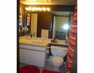 "Photo 3: 207 6820 RUMBLE ST in Burnaby: South Slope Condo for sale in ""THE MANSION"" (Burnaby South)  : MLS®# V590470"