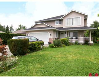 Photo 1: 26839 24TH Avenue in Langley: Aldergrove Langley House for sale : MLS®# F2816073