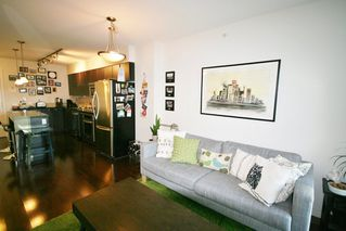 Photo 9: 706 538 Smithe Street in The Mode: Home for sale