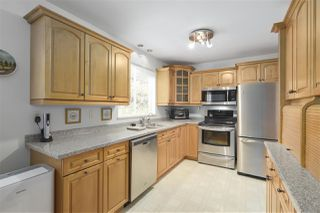 "Photo 4: 101 235 KEITH Road in West Vancouver: Cedardale Townhouse for sale in ""SPURWAY GARDENS"" : MLS®# R2393572"
