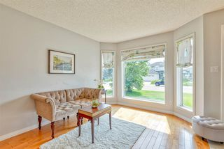 Photo 4: 843 113A Street in Edmonton: Zone 16 House for sale : MLS®# E4168099