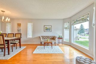 Photo 3: 843 113A Street in Edmonton: Zone 16 House for sale : MLS®# E4168099