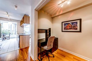 "Photo 10: 308 1010 RICHARDS Street in Vancouver: Yaletown Condo for sale in ""THE GALLERY"" (Vancouver West)  : MLS®# R2401488"