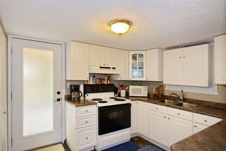 Photo 15: 4936 44A Avenue in Delta: Ladner Elementary House for sale (Ladner)  : MLS®# R2411200