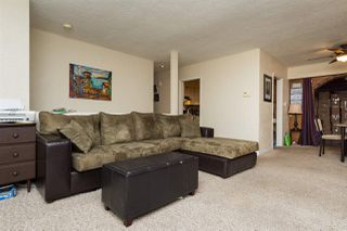 Photo 3: 561 56TH STREET in Delta: Pebble Hill House for sale (Tsawwassen)  : MLS®# R2045239