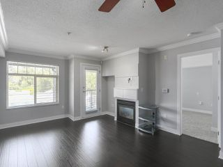 "Photo 2: 410 12020 207A Street in Maple Ridge: Northwest Maple Ridge Condo for sale in ""WESTBROOKE"" : MLS®# R2415063"