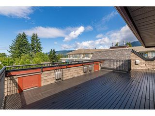 "Main Photo: 405 150 W 22ND Street in North Vancouver: Central Lonsdale Condo for sale in ""The Sierra"" : MLS®# R2416817"