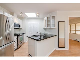 """Photo 10: 405 150 W 22ND Street in North Vancouver: Central Lonsdale Condo for sale in """"The Sierra"""" : MLS®# R2416817"""