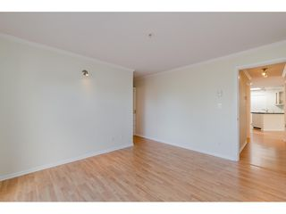 """Photo 16: 405 150 W 22ND Street in North Vancouver: Central Lonsdale Condo for sale in """"The Sierra"""" : MLS®# R2416817"""