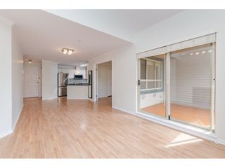 """Photo 8: 405 150 W 22ND Street in North Vancouver: Central Lonsdale Condo for sale in """"The Sierra"""" : MLS®# R2416817"""