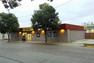 Photo 3: 34 2nd AVE NE in Altona: Business for sale : MLS®# 1826751