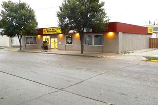 Photo 2: 34 2nd AVE NE in Altona: Business for sale : MLS®# 1826751