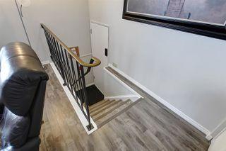 Photo 5: 9016 184 Street in Edmonton: Zone 20 House Half Duplex for sale : MLS®# E4189538