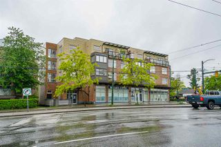 """Photo 25: 206 2408 E BROADWAY in Vancouver: Renfrew Heights Condo for sale in """"BROADWAY CROSSING"""" (Vancouver East)  : MLS®# R2459022"""