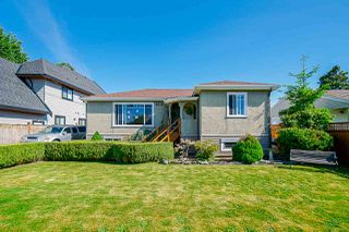 Main Photo: 17469 58A Avenue in Surrey: Cloverdale BC House for sale (Cloverdale)  : MLS®# R2459499