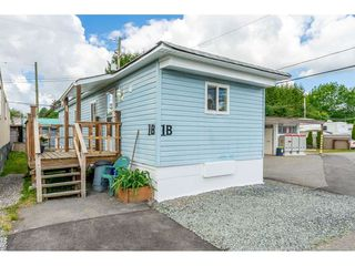 "Main Photo: 1B 26892 FRASER Highway in Langley: Aldergrove Langley Manufactured Home for sale in ""Aldergrove Mobile Home Park"" : MLS®# R2460150"