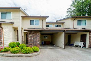 "Photo 3: 2 33951 MARSHALL Road in Abbotsford: Central Abbotsford Townhouse for sale in ""Arrow Wood"" : MLS®# R2469417"