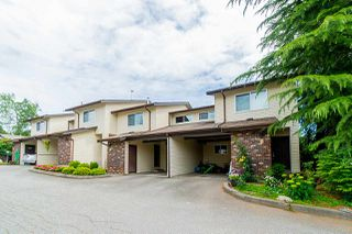"Photo 2: 2 33951 MARSHALL Road in Abbotsford: Central Abbotsford Townhouse for sale in ""Arrow Wood"" : MLS®# R2469417"