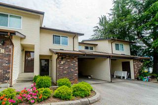 "Photo 4: 2 33951 MARSHALL Road in Abbotsford: Central Abbotsford Townhouse for sale in ""Arrow Wood"" : MLS®# R2469417"