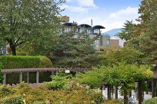 Photo 19: 206 2365 W 3RD AVENUE in Vancouver: Kitsilano Condo  (Vancouver West)  : MLS®# R2409461