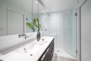 """Photo 11: 5905 1955 ALPHA Way in Burnaby: Brentwood Park Condo for sale in """"AMAZING BRENTWOOD"""" (Burnaby North)  : MLS®# R2489927"""