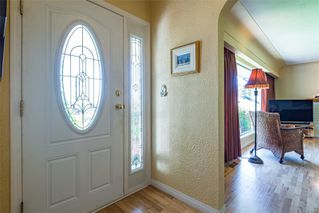 Photo 6: 4241 Buddington Rd in : CV Courtenay South House for sale (Comox Valley)  : MLS®# 857163