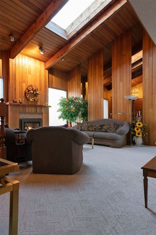Photo 11: 10816 5 Avenue SW in Edmonton: Zone 55 House for sale : MLS®# E4218210
